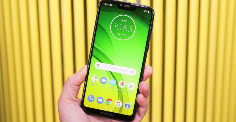 Moto G7 brings a 6 2-inch screen, Android Pie, teardrop