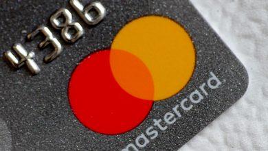 Photo of Visa, Mastercard mull increasing fees for processing transactions: WSJ