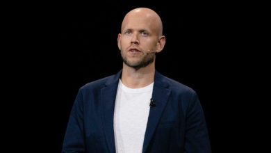 Photo of Spotify: Apple abuses App Store's power to 'stifle' rivals