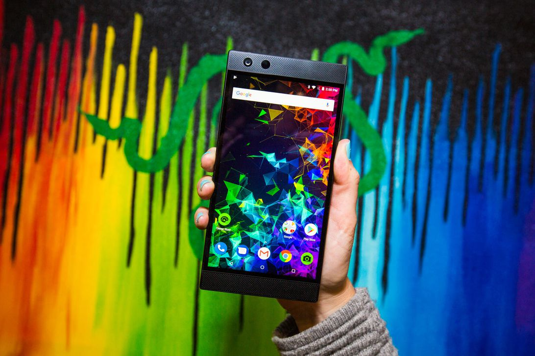 razer-phone-2-8090