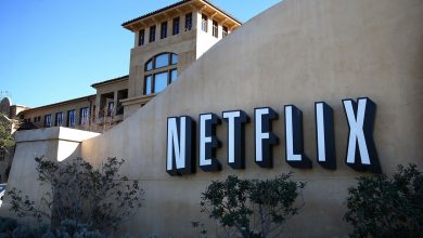 Photo of Netflix 'looking into' study showing spike in suicides after 13 Reasons Why