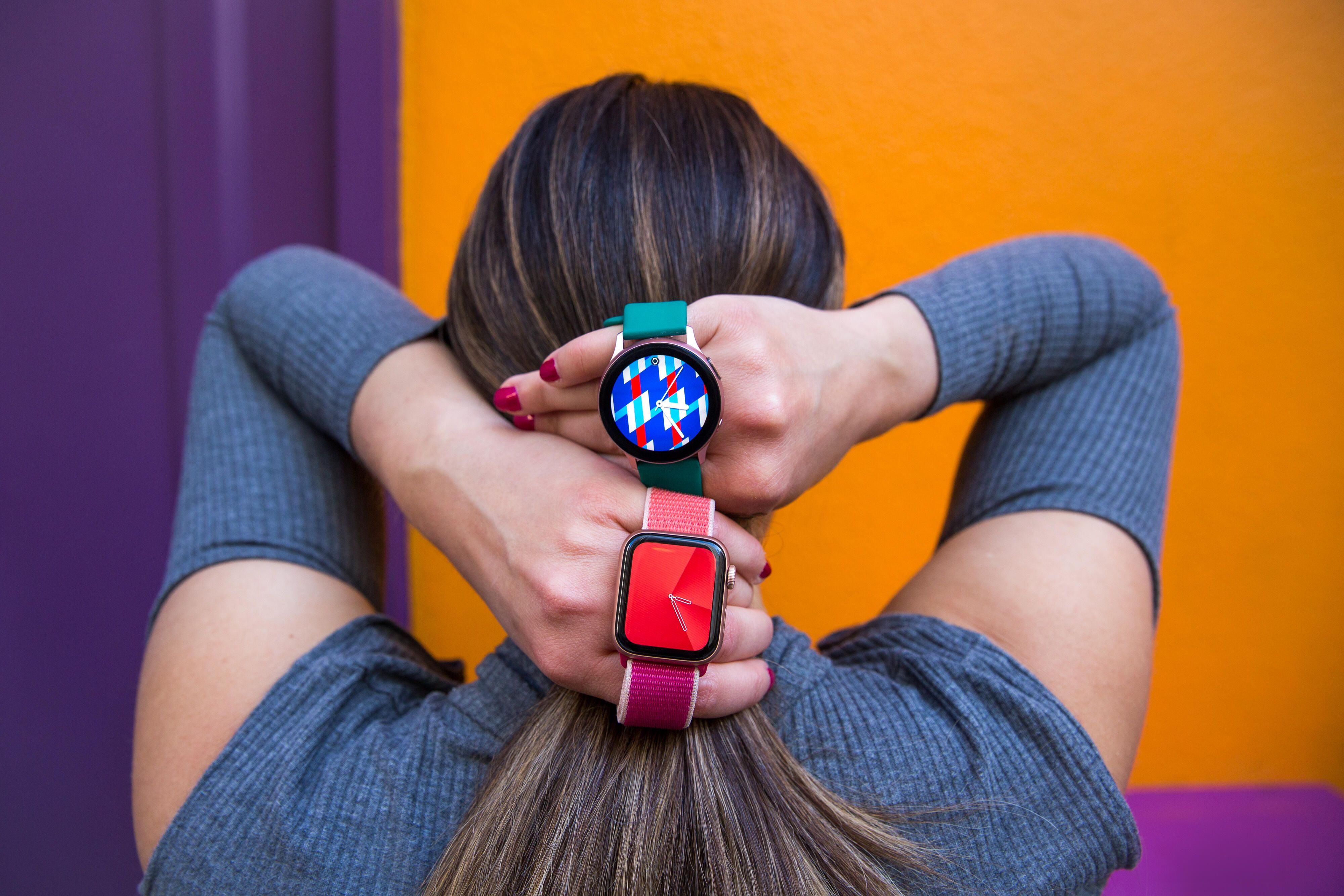 apple-watch-samsung-watch-1