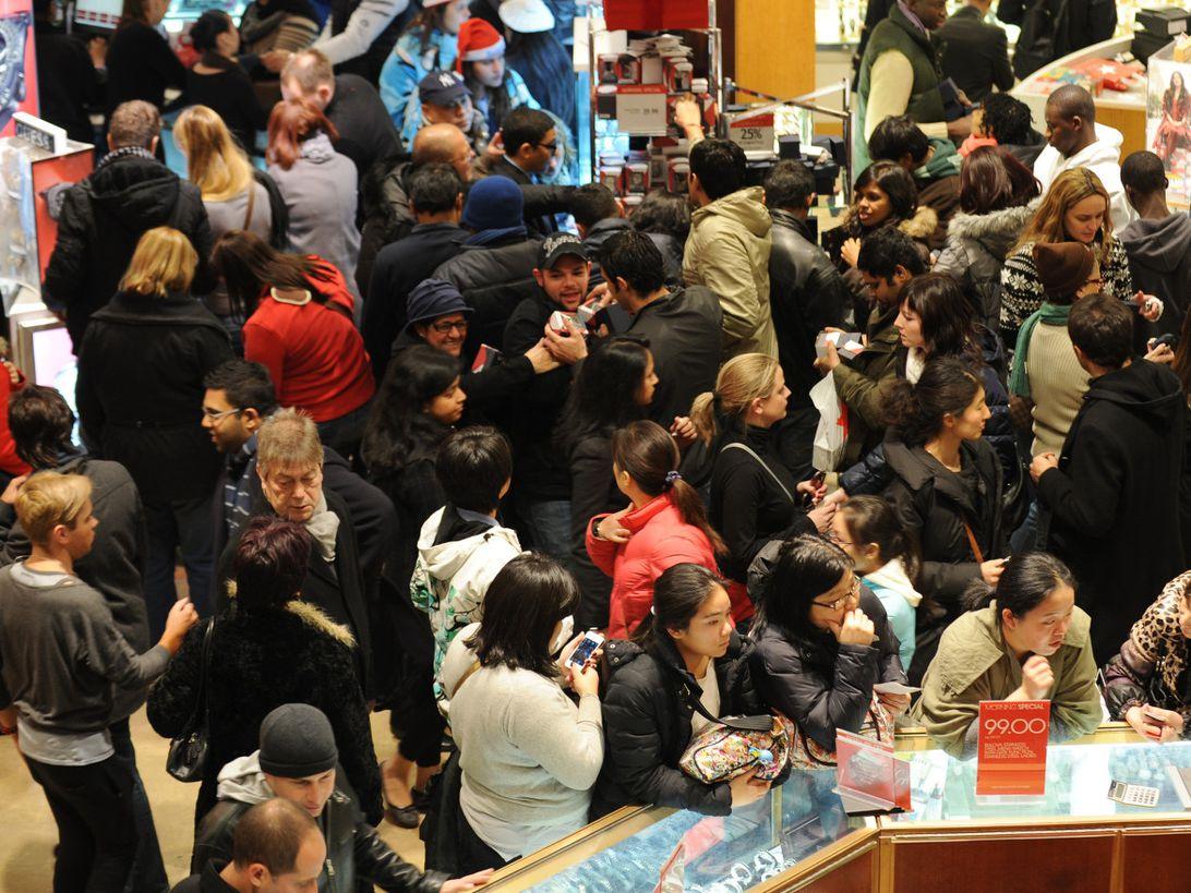 black-friday-crowd-getty.jpg