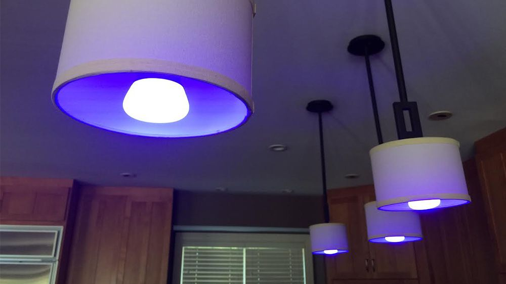 fd-cnet-smart-home-lighting-philips-hue-leds-blue.jpg
