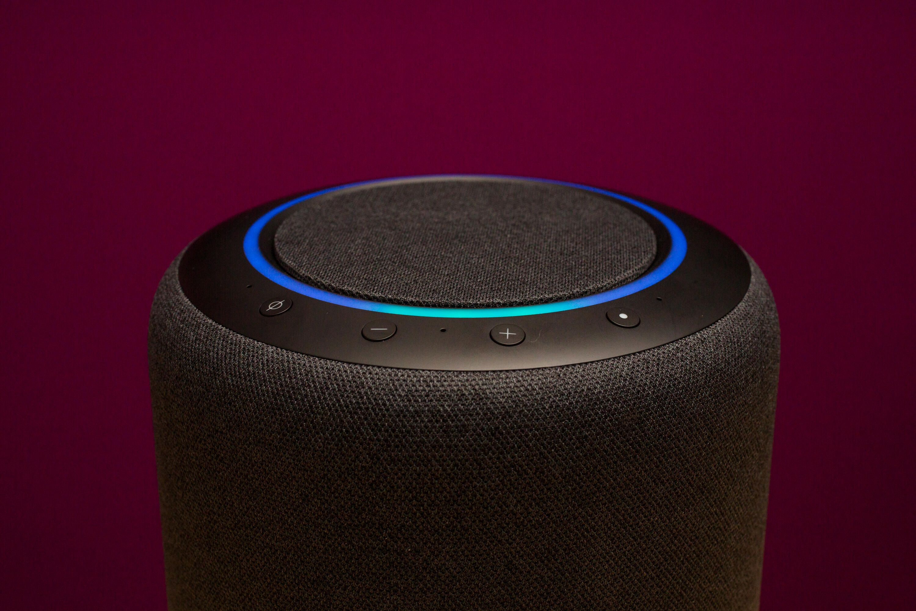 33-amazon-echo-studio