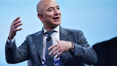 Photo of Amazon surprises Wall Street with a blowout holiday quarter