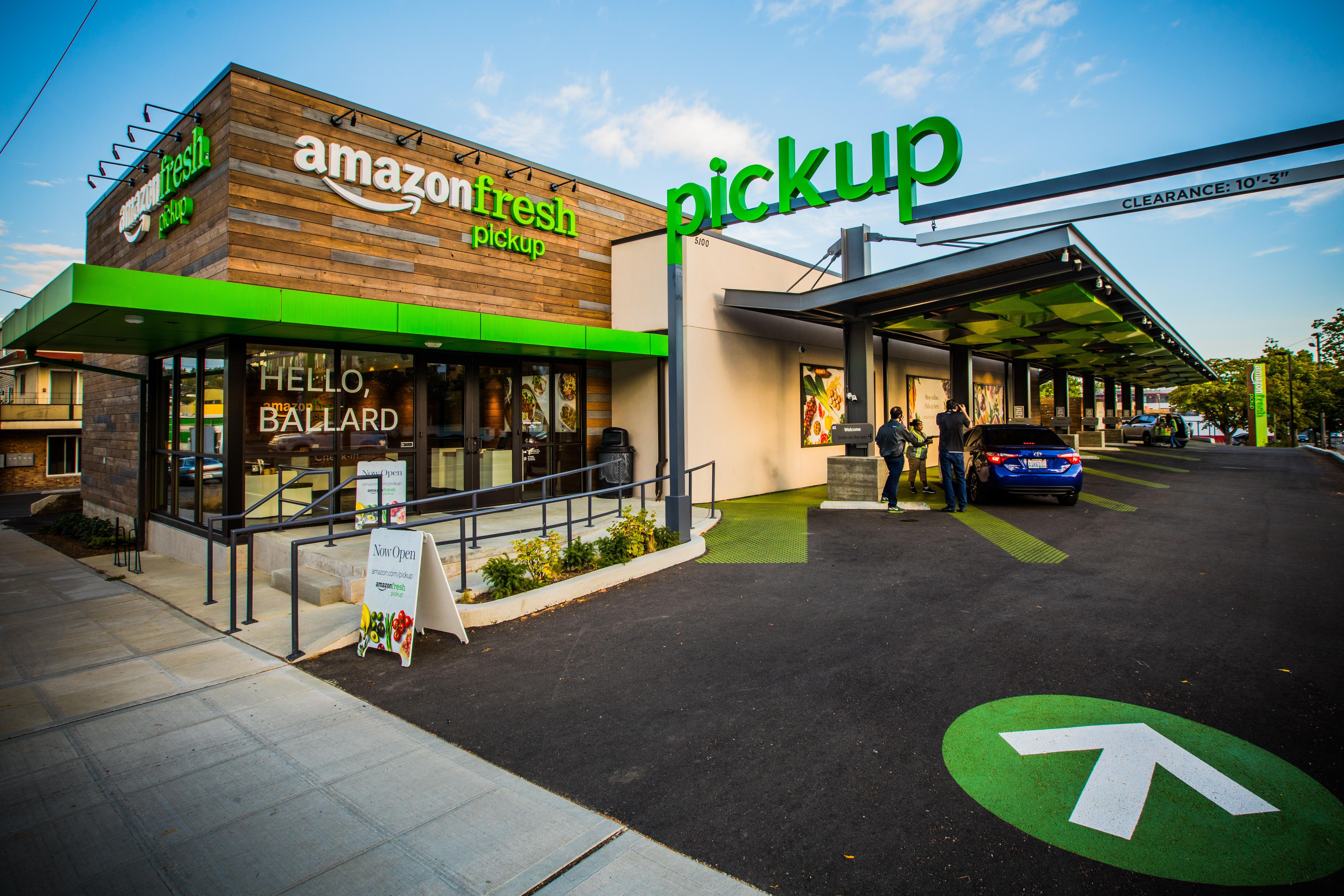 amazon-fresh-pickup-grocery-shopping-9625