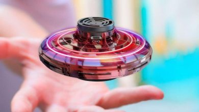 Photo of This $20 flying spinner is the indoor toy your kids need right now