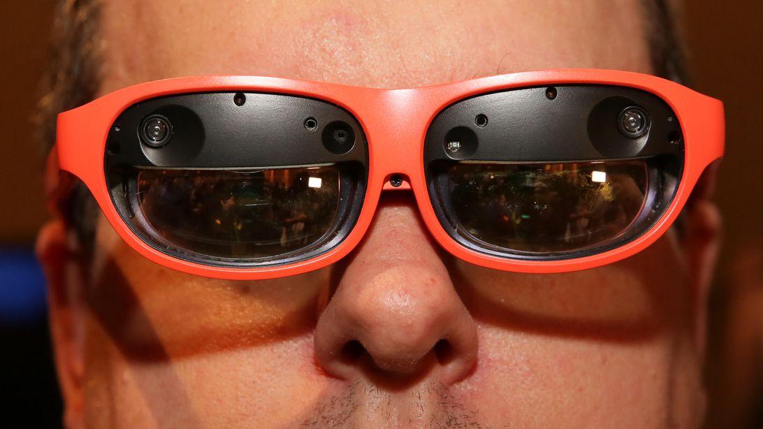 10-nreal-mixed-reality-glasses