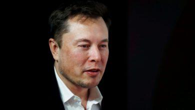 Photo of Elon Musk Mocks Regulators, Brief-Sellers as Tesla Soars