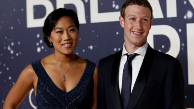 Photo of Mark Zuckerberg Donates $100 Million More to Aid US Election Offices