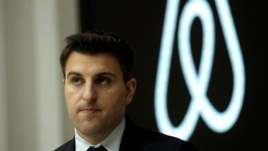 Photo of How Airbnb CEO Brian Chesky Succumbed to an IPO He Resisted